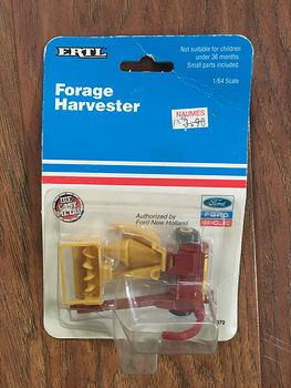1991 Ertl New Holland Model 900 Forage Harvester #JH5GfvDh4PQ
