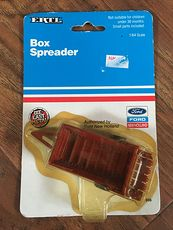 1993 Die Cast Ertl Box Spreader Authorized by Ford New Holland #gy2RpqqXiy0