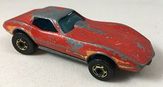Vintage 1975 Hot Wheels Corvette Stingray with Gold Rims #7Be2w8Hq4q0